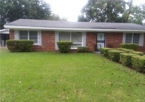 1833 MIDWAY Street, Montgomery, Alabama, 3 Bedrooms Bedrooms, ,1 BathroomBathrooms,Residential,For Sale,MIDWAY,439829
