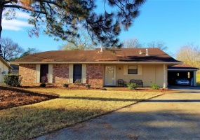 853 BALFOUR Road, Montgomery, Alabama, 3 Bedrooms Bedrooms, ,2 BathroomsBathrooms,Rental,For Sale,BALFOUR,474469