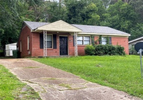 1746 YARBROUGH Street, Montgomery, Alabama, 3 Bedrooms Bedrooms, ,1 BathroomBathrooms,Residential,For Sale,YARBROUGH,474945
