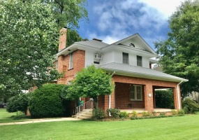203 Capitol Parkway, Montgomery, Alabama, 3 Bedrooms Bedrooms, ,2 BathroomsBathrooms,Residential,For Sale,Capitol,476056