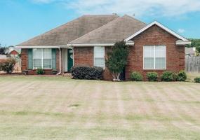 39 Taylor Crossing, Millbrook, Alabama, 3 Bedrooms Bedrooms, ,2 BathroomsBathrooms,Residential,For Sale,Taylor,476161
