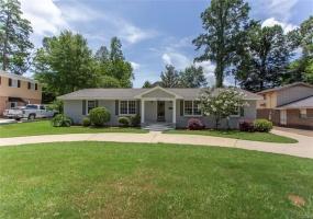 619 Bellehurst Drive, Montgomery, Alabama, 4 Bedrooms Bedrooms, ,2 BathroomsBathrooms,Residential,For Sale,Bellehurst,476109
