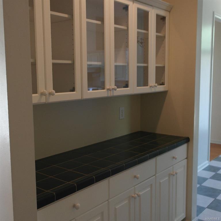 209 CAROLINA Court, Montgomery, Alabama, 4 Bedrooms Bedrooms, ,2 BathroomsBathrooms,Rental,For Sale,CAROLINA,476220