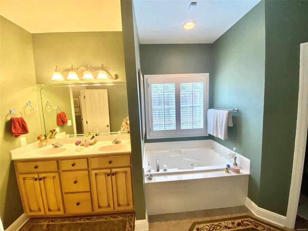 1031 Old Ware Road, Wetumpka, Alabama, 3 Bedrooms Bedrooms, ,2 BathroomsBathrooms,Residential,For Sale,Old Ware,476228